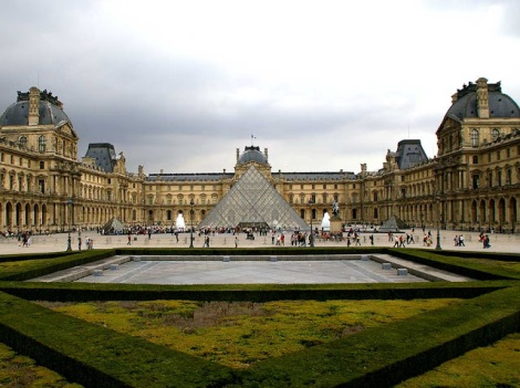 Museo Nacional Palacio de Louvre.